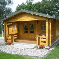 Rumah by Betana Blockhaus GmbH