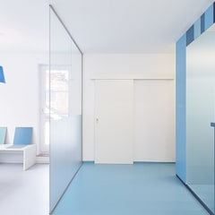 Zahnarzt Praxis Sohl:  Praxen von sTudio 211 | Astrid Kirchner,Modern