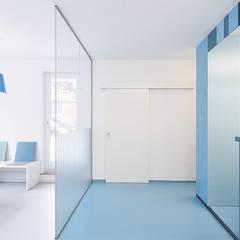 Modern clinics by sTudio 211 | Astrid Kirchner Modern