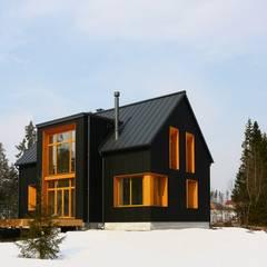 خانه ها by Snegiri Architects