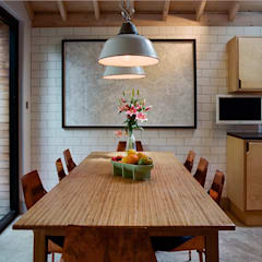 Dining Table with enamel lamp shades: modern Dining room by Tom Kaneko Design & Architecture