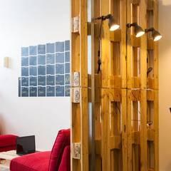 от Traço Magenta - Design de Interiores Лофт