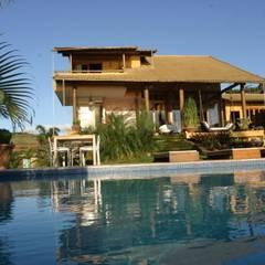 tropical Pool by Mascarenhas Arquitetos Associados