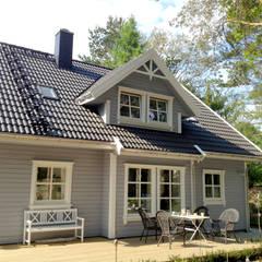 บ้านและที่อยู่อาศัย by Akost GmbH  'Ihr Traumhaus aus Norwegen'