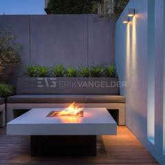 Stadstuin Amsterdam Jordaan:  Tuin door ERIK VAN GELDER | Devoted to Garden Design