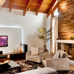 Living room by ArchDesign STUDIO, Rustic