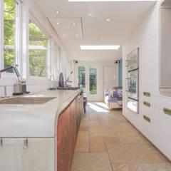 Keizersgracht:  Keuken door CUBE architecten