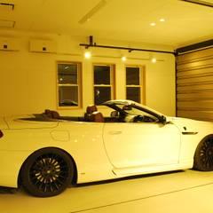 Garage/shed by 西川真悟建築設計