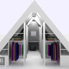 inloopkast / walk-in-closet onder schuine kap: moderne Kleedkamer door House of JAB by Verstappen Interiors