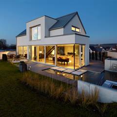 Moderne h user architektur design ideen bilder homify for Modellhaus bauen