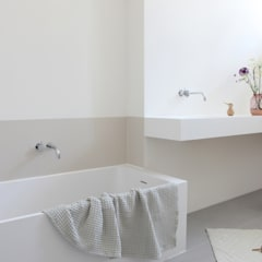 minimalistic Bathroom by Not Only White B.V.