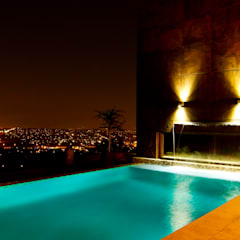 House The :  Pool by Nico Van Der Meulen Architects , Modern