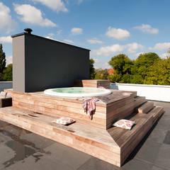 Villa Amsterdam Zuid:  Spa door paul seuntjens architectuur en interieur