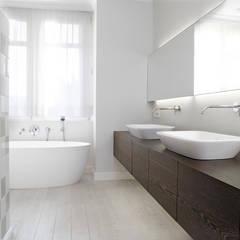Totaalinrichting aan zee:  Badkamer door ligne V