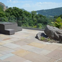 Patios, Terraces and Decking:  Terrace by Unique Landscapes
