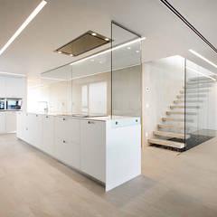 Kitchen by Chiralt Arquitectos