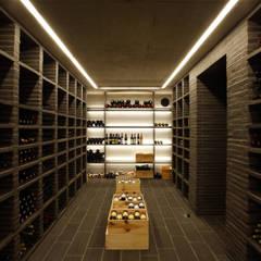 Bodegas de vino de estilo  por SNAP Stoeppler Nachtwey Architekten BDA Stadtplaner PartGmbB