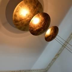 Beleuchtung Hauptraum :  Geschäftsräume & Stores von Experte + Autor WohnPsychologie   I   Gestalter Wohn + ArbeitsRäume