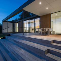Villa R:  Terrasse von C.F. Møller Architects