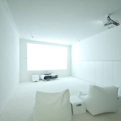 eclectic Media room by Caramel architekten