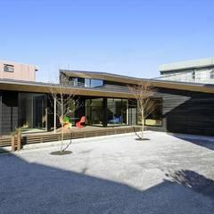 Yakisugi House: 長谷川拓也建築デザインが手掛けた家です。,