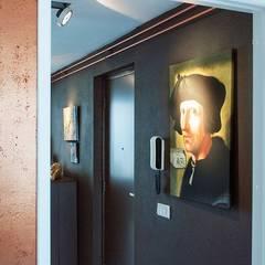 Koper in de hoofdrol:  Gang en hal door IJzersterk interieurontwerp