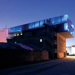 Ansicht von Süden bei Nacht:  Museen von INDEX Architekten Prof. Ulrich Exner + Sigrun Musa