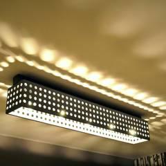 POLKADOTS & MOONBEAMS: styl , w kategorii Centra handlowe zaprojektowany przez Archerlamps - Lighting & Furniture