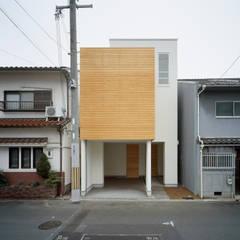 خانه ها by 井戸健治建築研究所 / Ido, Kenji Architectural Studio