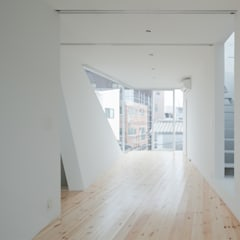 Nursery/kid's room by 井戸健治建築研究所 / Ido, Kenji Architectural Studio