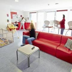 Centre Départemental de l'Enfance: Palais des congrès de style  par David HEBERT
