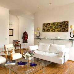Moderne Wohnzimmer von Giandomenico Florio Architetto Modern