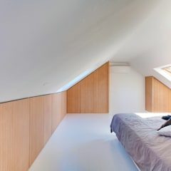 Sleeping Attic: Chambre de style de style Minimaliste par Andrea Mosca