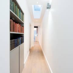 Corridor & hallway by BTL Property LTD,