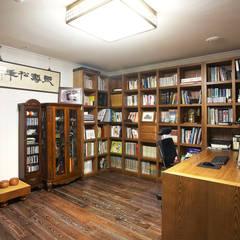 은평 힐스테이트: Hauan의  서재 & 사무실,모던