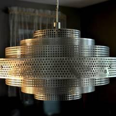 Shanghai: styl , w kategorii Centra handlowe zaprojektowany przez Archerlamps - Lighting & Furniture