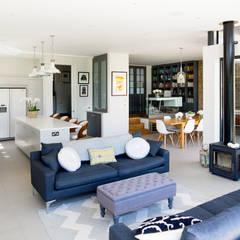 Broadgates Road SW18:  Living room by BTL Property LTD, Modern