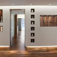 Entry:  Corridor & hallway by Eisner Design