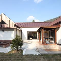 매일매일이 캠핑같은 전남 광양주택: 주택설계전문 디자인그룹 홈스타일토토의  주택