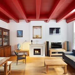 Weteringbuurt :  Woonkamer door Architectenbureau Vroom