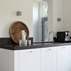 Kitchen by reitsema & partners architecten bna, Country