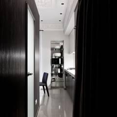 Corridor & hallway by Archibrook,