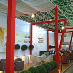 Projeto arquitetônico do stand da COTA no salão do imóvel de 2008: Centros de exposições  por ArchDesign STUDIO