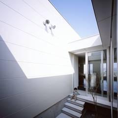 Jardin de style  par 有限会社アルキプラス建築事務所, Moderne
