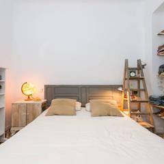 casa 10: Dormitorios de estilo  de J