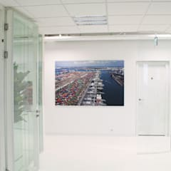 Kantoor Capelle aan den IJssel:  Kantoorgebouwen door By Lenny,