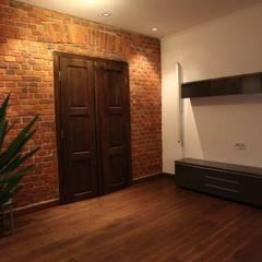 ksawery brick house: styl , w kategorii Okna zaprojektowany przez REFORM Konrad Grodziński