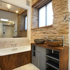 Cosy bathroom: country Bathroom by Hart Design and Construction