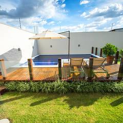 Pool by Rafaela Dal'Maso Arquitetura
