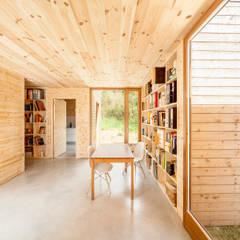 مكتب عمل أو دراسة تنفيذ Alventosa Morell Arquitectes , حداثي